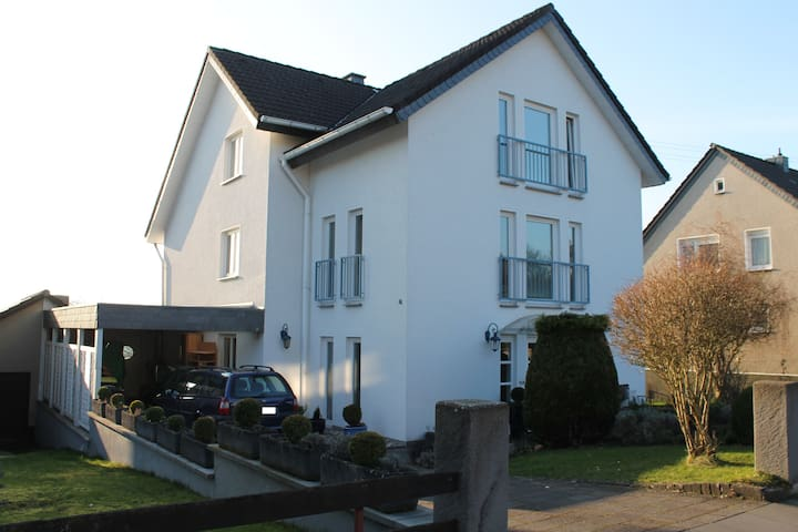 Nice family near Siegburg/Bonn/Köln - Hennef - Appartement