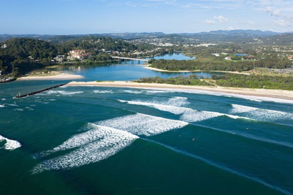 Currumbin Beach / Creek Entrance