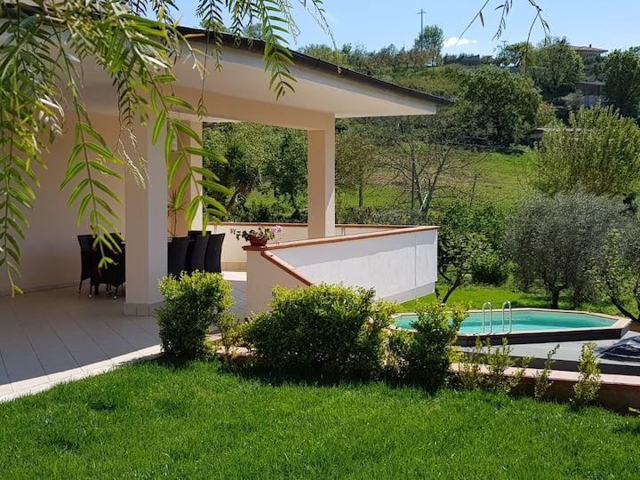 Villa L'Olivarosa