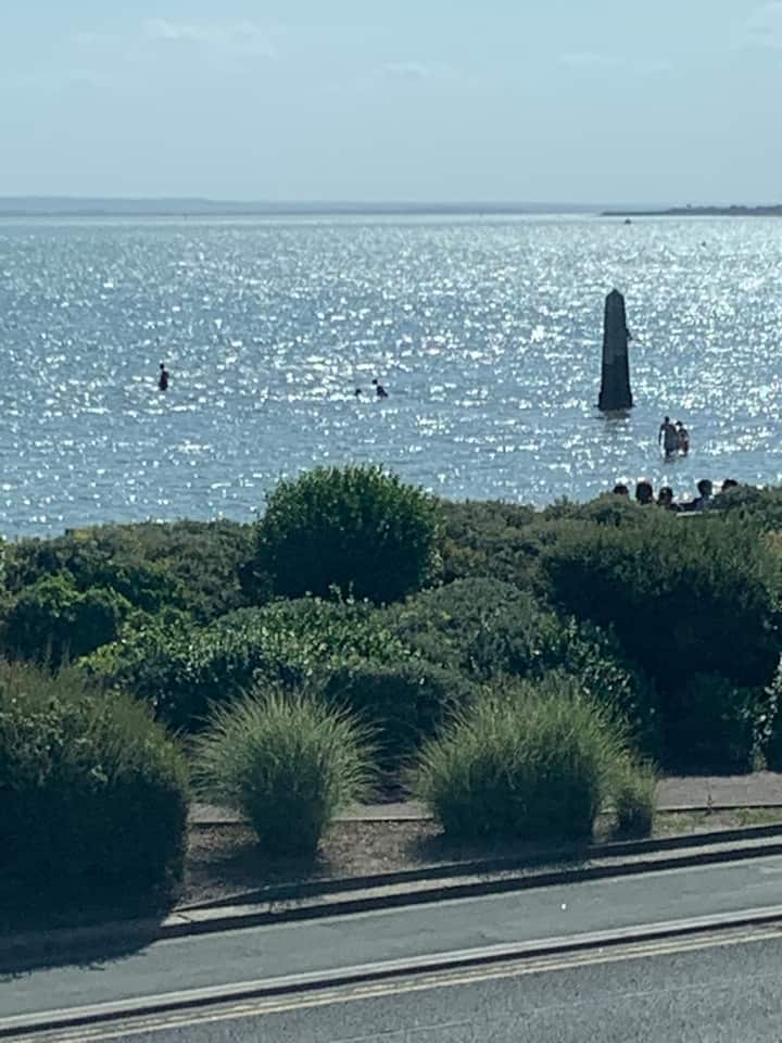 Seafront studio Annexe with private parking.