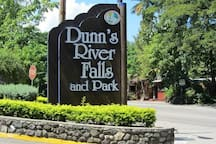 Dunns River Fall located 5 mins from Las Fuentes