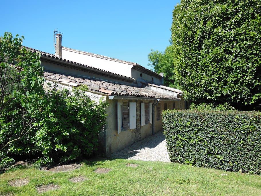 Beau g te avec piscine maisons louer pont de barret for Auvergne gites avec piscine