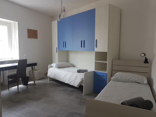 Double room available for 2 female students