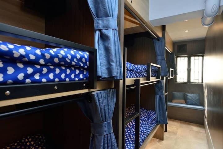佐敦地鐵站2分鐘-Loft 風格 4 張單人床 獨立洗手間
