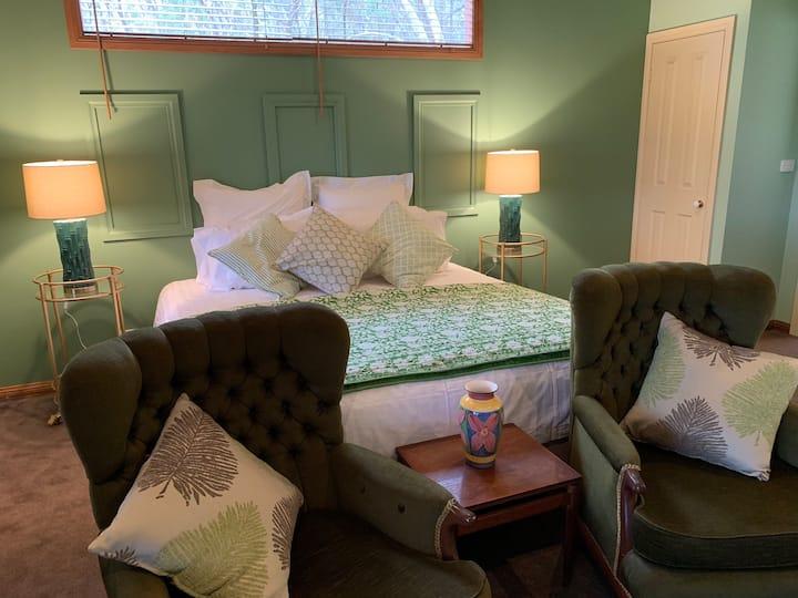 Spa suite in Stephanie's Homestead