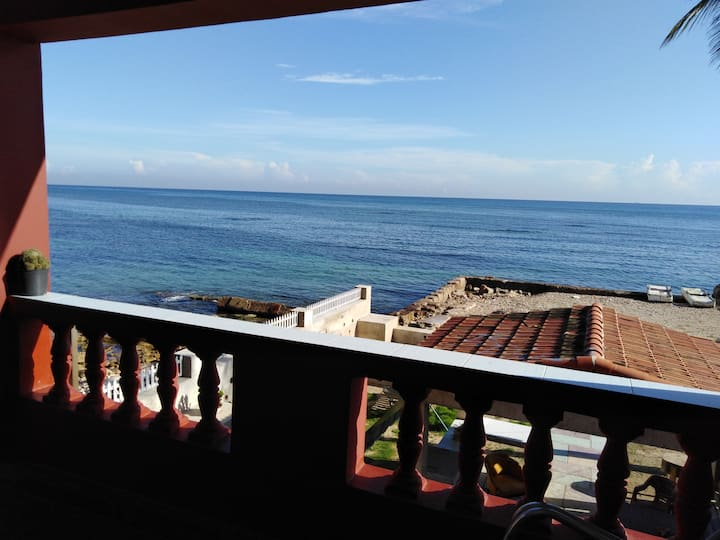 Casa vista al Mar Mayelin