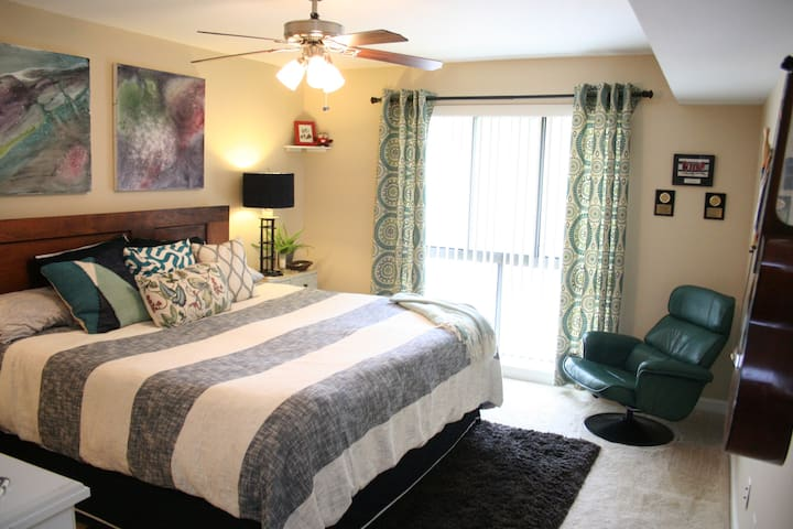 Whole apartment w/ balcony near Dulles - Reston - Apartament