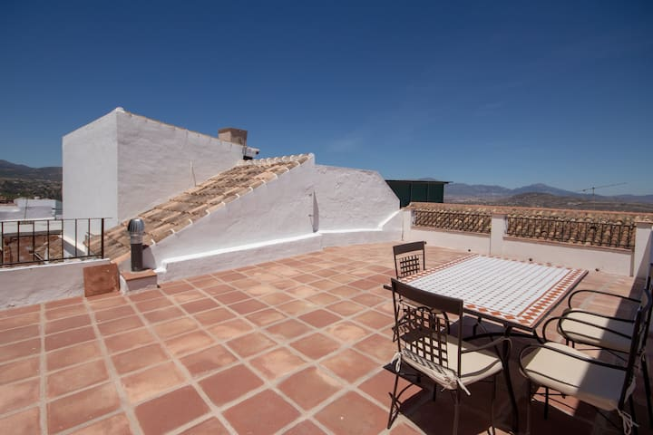Lovely 2 bed townhouse in Alhaurin el Grande