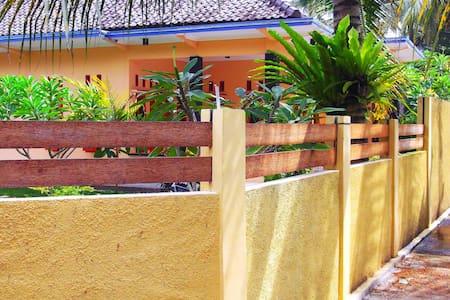 Ragha Homestay @Batukaras - Cijulang - House