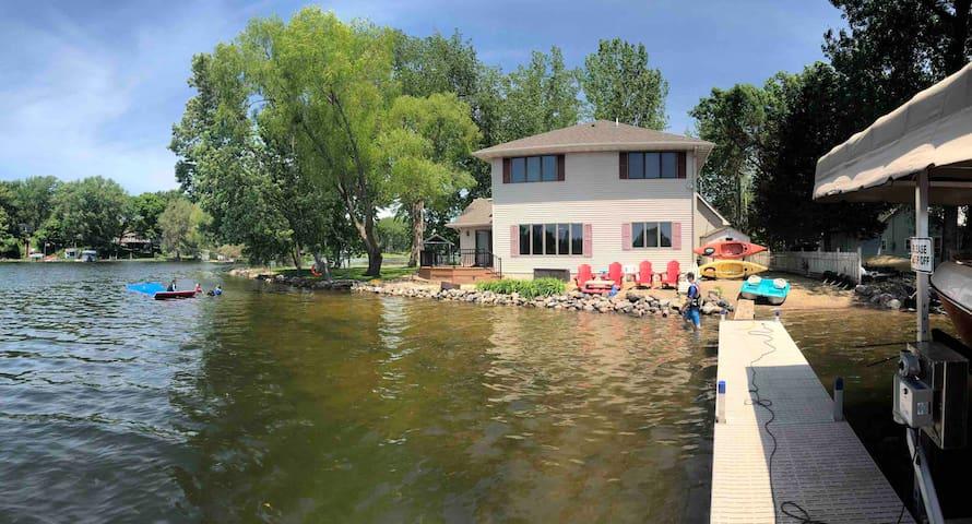 Lake House on the Point - Sandy Beach - Kayaks