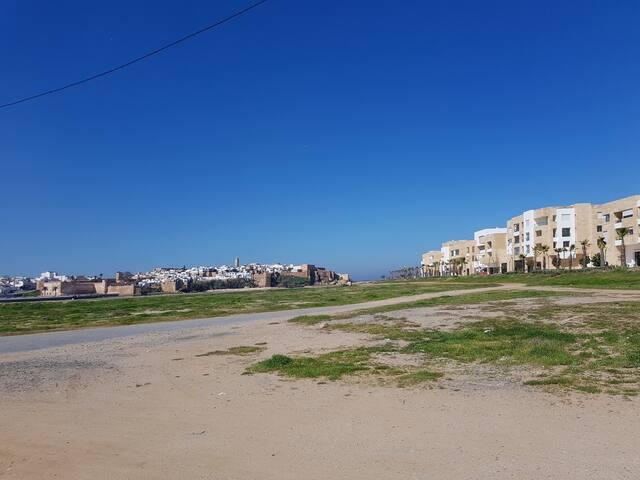 Vue sur l'oued Bouregreg et la Kasbah