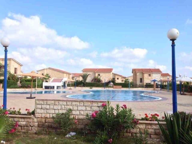 Summer house Amoun resort 36km north coast