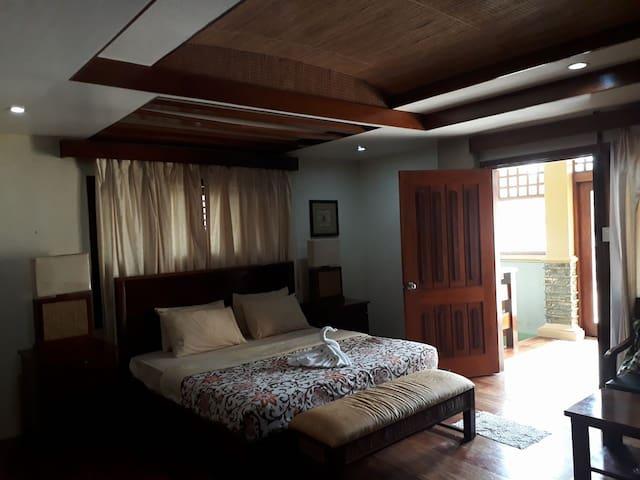Boro Bay Hotel- Presidential Suite