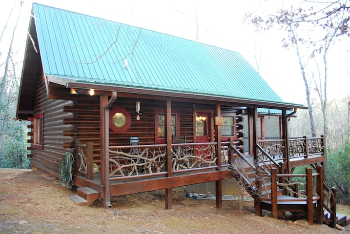 Mountain Laurel Log Cabin w/free WiFi - Hayesville - Blockhütte