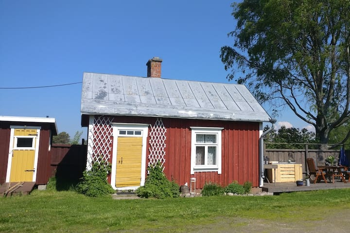 Traditional Osthrobotnian cottage Abbis Lillstuga