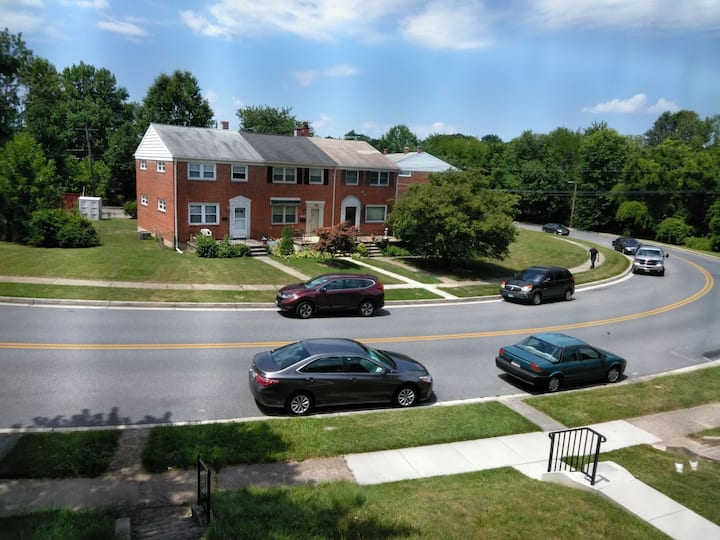 Gorgeous 3 Bedroom Townhome in Parkville/ Towson