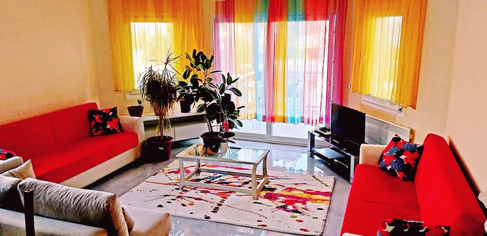 Marina Yat Clup yakını, havuzlu, 4+1, rengarenk ev