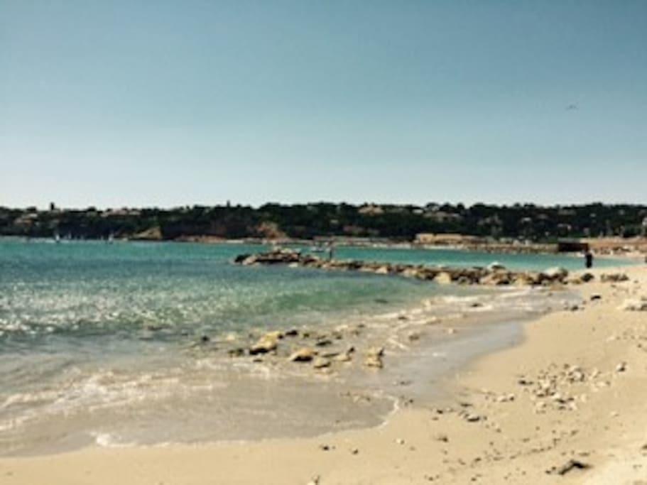 la plage du Rouet située à 100m de l'appartement
