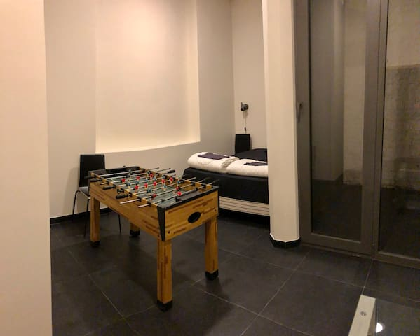 Private room (groudn floor) with kicker