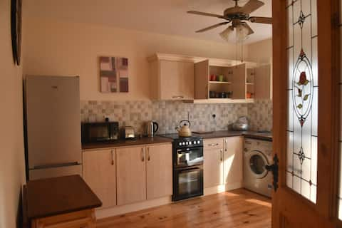 2 Bed Property Clonegal Village