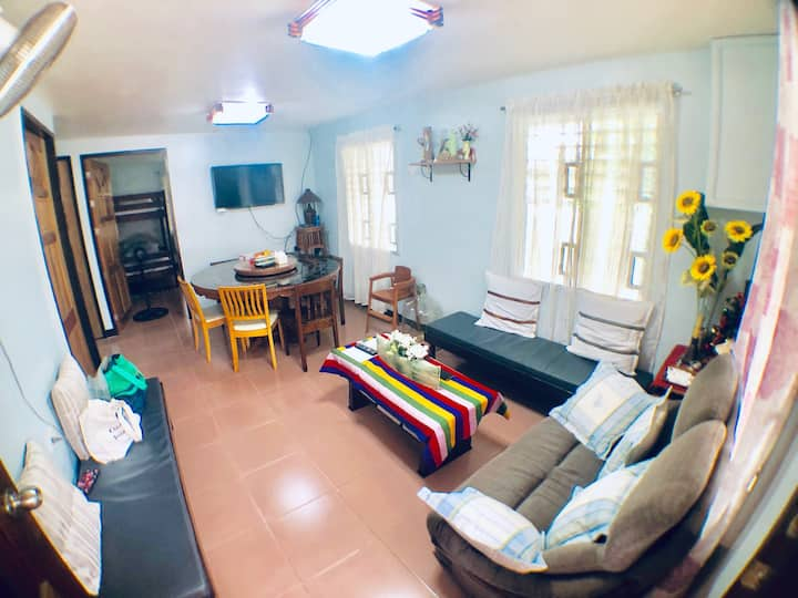 3 AC BR Home, 7min from airport w/ secured parking
