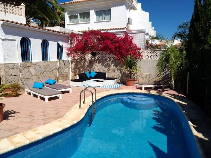 Villa Azul mit Privatpool für bis zu 8 Pers.,WLAN