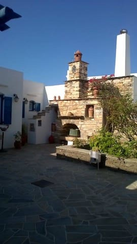 Apartment in the center of Artemonas, Sifnos