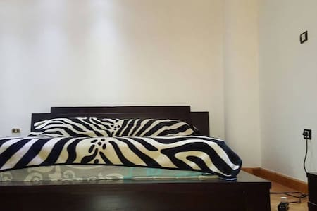 One bed room apt90 street new cairo