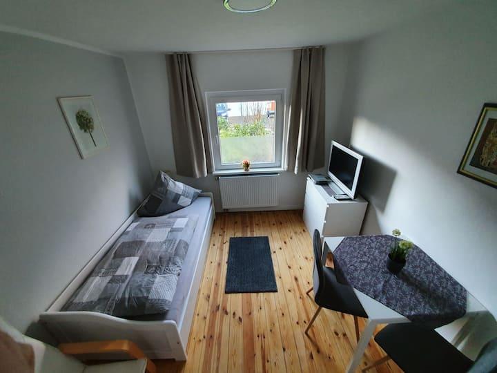 möbliertes Zimmer, WG Zimmer, Monteurzimmer, Z1