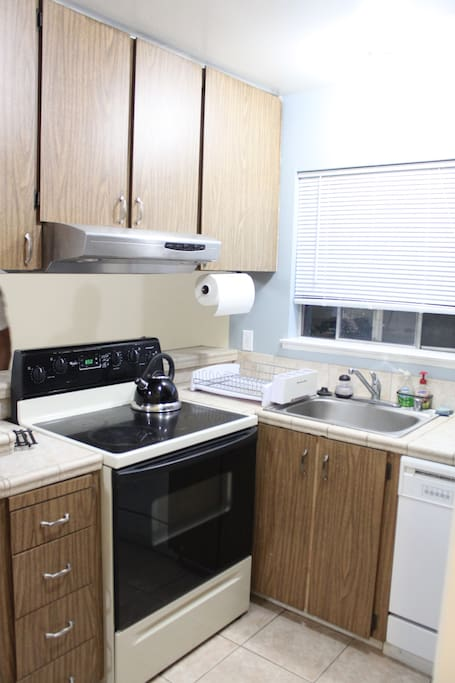 Kitchen, Electric Range