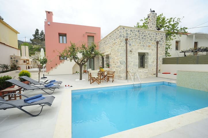 Private pool, Traditional village,Amenities