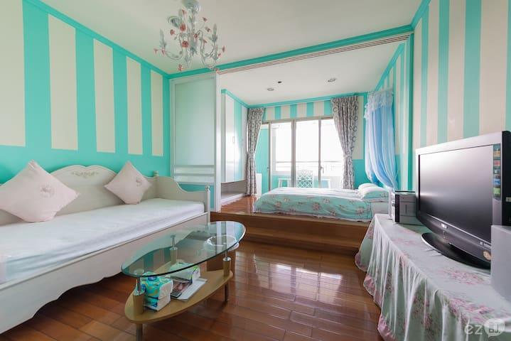 Tiffany blue sea view double room
