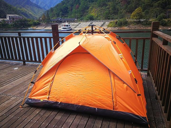 西西照相机下的七彩帐篷~全湖景,含双早