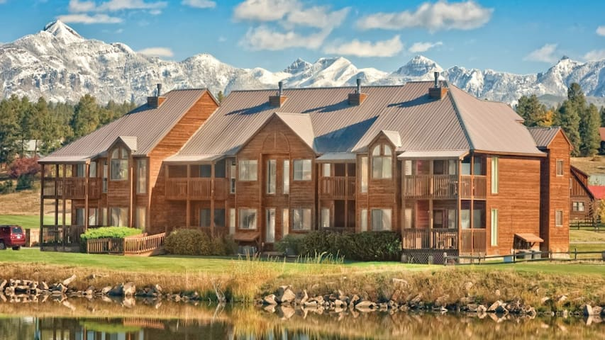 See the natural beauty of Colorado with Pagosa!