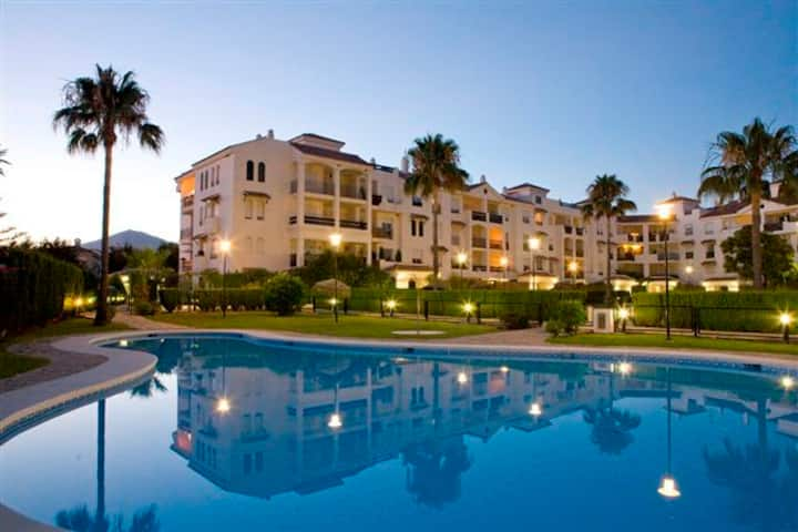 Beautiful 3 room apartment 100m from beach