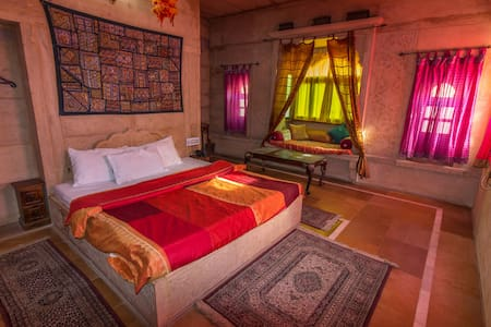 Backpacker Panda Jaisalmer Superior ACPrivate Room - Jaisalmer - Auberge de jeunesse