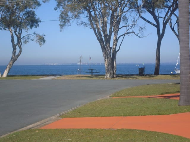 Immaculate First Floor Waterfront Unit - Welsby Pde, Bongaree