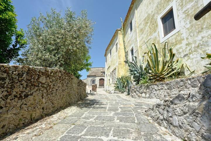 Intera Casa nel cuore del borgo medievale