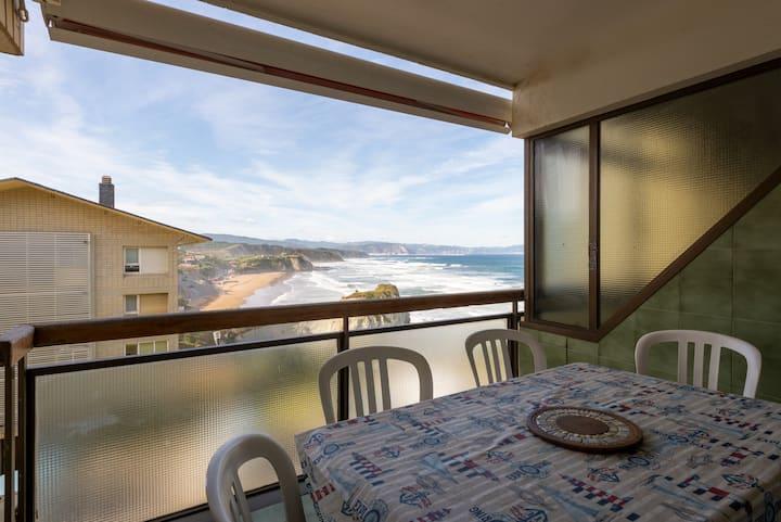 Apto con estupendas vistas a la costa by SAH