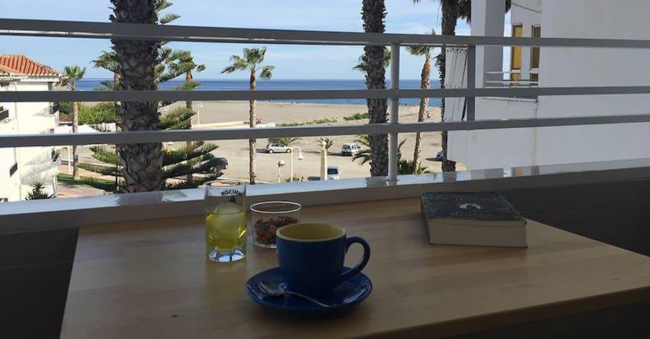 Piso en Playa de Poniente (Primera linea de playa)