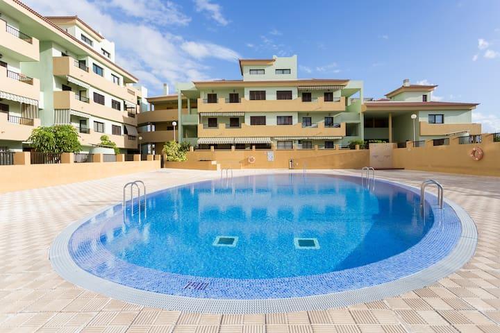 ¡Acogedor apartamento en la playa! - Puertito - Apartamento