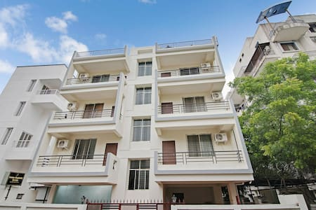 OYO Best Offer! Standard 1BR Home in Pune