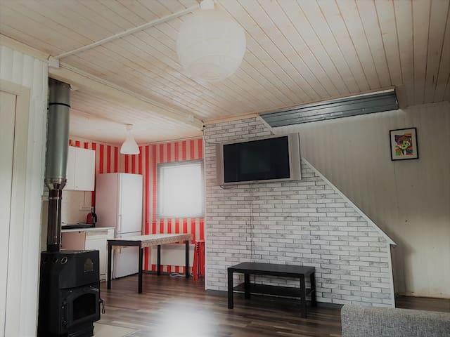 Уютный 2-х этажный домик в черте города - Lyubertsy - Hus