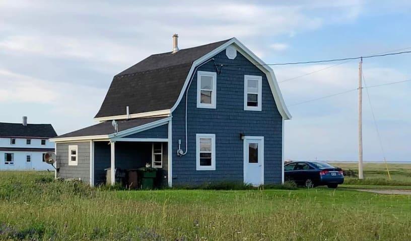 Cozy Island Home