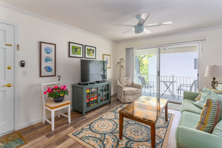 Walk to Village from this Beautiful Condo at Ocean Walk - St Simons Island
