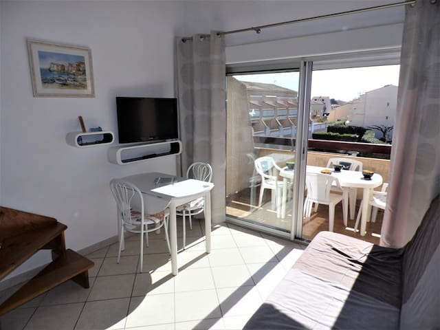 2 rooms mezzanine for 6 persons