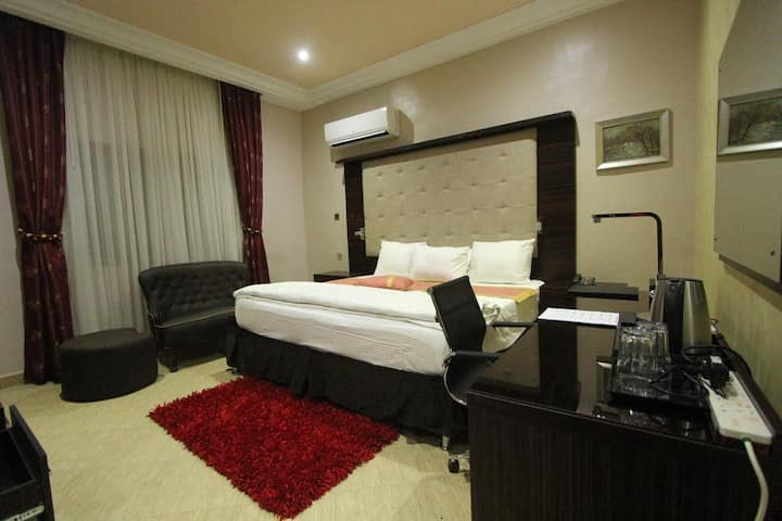 Eterno Hotels Limited  - Presidential Suite