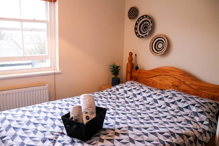 Ideal and Cosy City Centre Location!