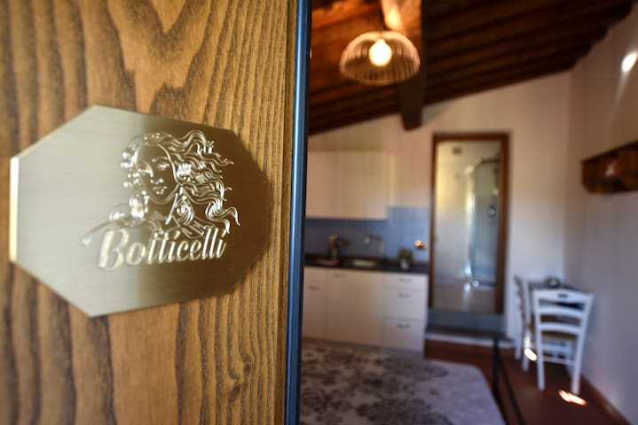 Botticelli romantic apartment con piscina