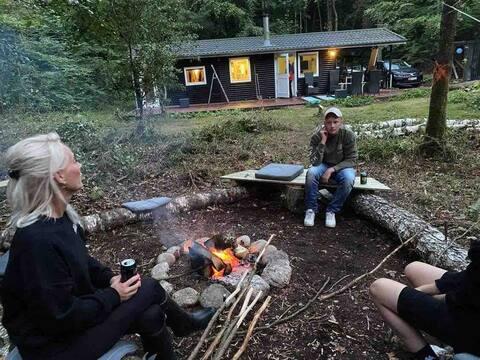Casa de verano en el propio bosque de hayas, con mucho espacio al aire libre.
